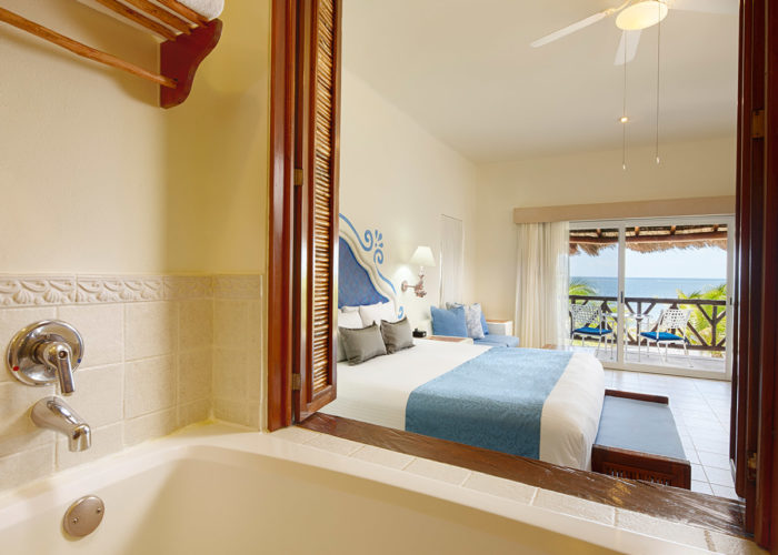 Desire Riviera Maya Pearl Resort | Junior Suites