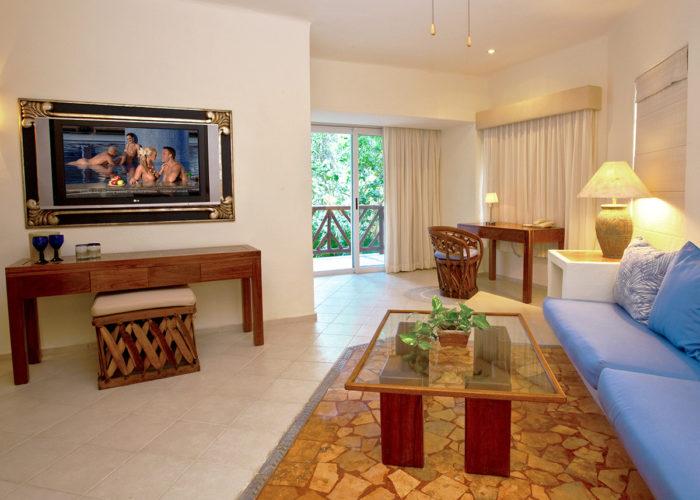 Desire Riviera Maya Pearl Resort | Master Suites with Plunge Pool